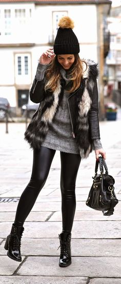 Leather Look Leggings for this Fall-Winter are EVERYTHING. A statement faux fur vest is an excellent complement to this outfit #streestyle #outfit