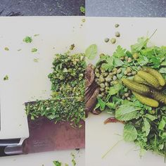 Salsa Verde. Awesome. (After and Before)