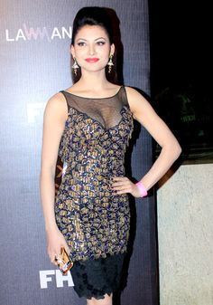 Urvashi Rautela at the FHM 'Bachelor of the Year awards. Beautiful Girl Photo, Beautiful Girl Indian, Beautiful Indian Actress, Hot Actresses, Indian Actresses, Beautiful Celebrities, Beautiful Actresses, Rakul Preet Singh Saree, Hot Country Girls