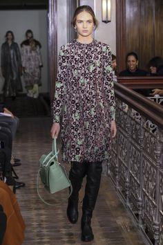 Valentino коллекция | Коллекции осень-зима 2017/2018 | Нью-Йорк | VOGUE