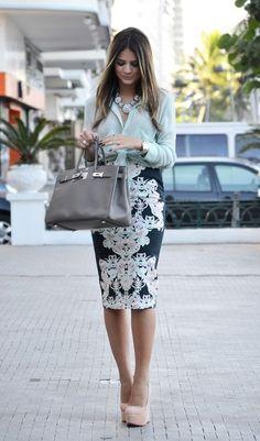Outfits para la oficina con falda                                                                                                                                                      Más