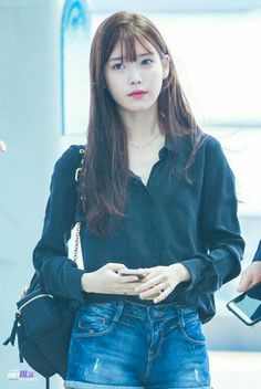 Iu Fashion, Korean Fashion, Airport Fashion, Cute Korean, Korean Girl, Chinese Actress, Korean Celebrities, Korean Outfits, Korean Actresses