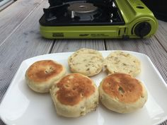 Hamburger, Pancakes, Bread, Breakfast, Food, Stand Up, Bread Baking, Food Food, Simple