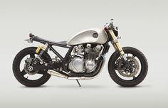 Kawasaki Zephyr 750 by Classified Moto #motorcycles #caferacer #motos | caferacerpasion.com