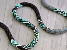 Bead Crochet Necklace Mint Graphics by Chudibeads on Etsy Bead Crochet Patterns, Bead Crochet Rope, Beading Patterns, Jewelry Patterns, Bracelet Patterns, Crochet Beaded Necklace, Crochet Bracelet, Beaded Crochet, Bracelets
