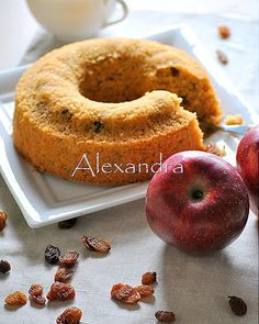 Coffee cake without flour with quaker, apples and raisins Greek Sweets, Greek Desserts, Greek Recipes, Light Recipes, Cupcakes, Cupcake Cakes, Best Gluten Free Recipes, Gluten Free Baking, Baking Recipes