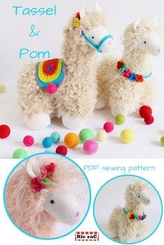 Llama Pillow, Llama Plush, Llama Alpaca, Animal Sewing Patterns, Sewing Patterns For Kids, Stuffed Animal Patterns, Bear Patterns, Llama Stuffed Animal, Stuffed Animals