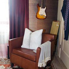 Guitar & man chair!!