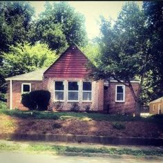 698 Gresham Ave SE, Atlanta, GA 30316 #realestate See all of Rhonda Duffy's 600+ listings and what you need to know to buy and sell real estate at http://www.DuffyRealtyofAtlanta.com
