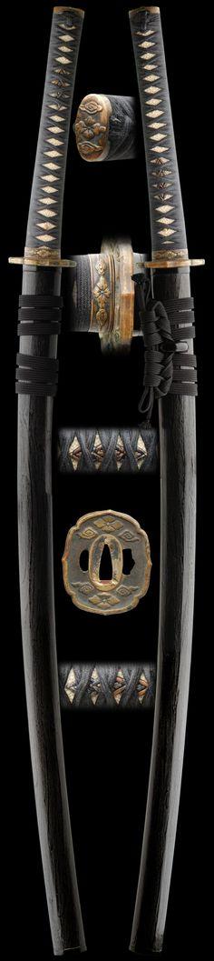 The katana – I n f o r m a t i o n 2 S h a r e Samurai Weapons, Katana Swords, Samurai Swords, Japanese Blades, Japanese Sword, Armas Ninja, Martial Arts Weapons, Japanese Warrior, Swords And Daggers