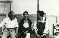 """""""Lucienne Bloch: dentro la vita di Frida Khalo"""". In mostra a Bologna lartista messicana nelle foto private dellamica e assistente del marito (FOTO)"""