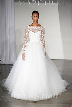 Say So Long to Strapless! Long-Sleeve Wedding Dresses are All the Rage This Season