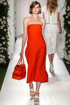 Mulberry Spring 2014 Ready-to-Wear Fashion Show - Madison Leyes