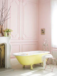 romantic pale pink & yellow bathroom.