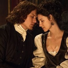 All the Love Scenes Outlander Deprived The Dragonfly in Amber Fans of This Season
