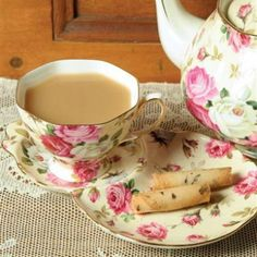 "Plan your own tea party with this lovely Victorian cup and scone saucer. It is a perfect match with our English Rose teapot. Cup & Scone Saucer measures 9"" x 6"". Gift boxed."