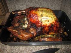 Pavo de Accion de Gracias - Thanksgiving Turkey (Pesto Style)