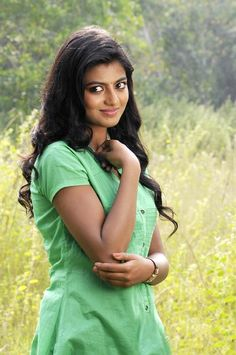 Anandhi (rakshita) actress thunder thighs sexy legs images and sexy boobs picture and sexy cleavage images and spicy navel images and sex. Beautiful Girl In India, Beautiful Indian Actress, Hot Actresses, Indian Actresses, Celebrity Gallery, South Indian Actress, India Beauty, Bollywood Actress, Sexy Legs