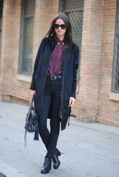 Fashionvibe: black and burgundy