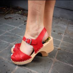 Lotta from Stockholm clog (RED!) sandals....SO cute, & cute polish btw;)   http://coincidentalhappenings.be/?tag=postcards