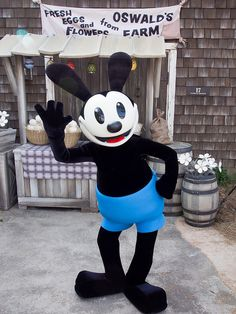 Oswald the Lucky Rabbit now available for meet and greets at Tokyo Disneysea! (And California Adventure at the Disneyland Resort!!)