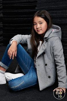 Ropa para niñas: Chaquetones, Pantalones Vaqueros / Jeans, Deportivas…