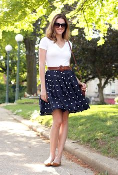 What I Wore: City Streets, Jessica Quirk, Navy Polka Dots. Skirt Outfits, Dress Skirt, Casual Outfits, Cute Outfits, Skirt Pleated, Skirt Belt, Navy Skirt, Flowy Skirt, Outfit Vestidos