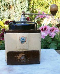 French Vintage enameled and bakelite par FrenchVintageByManue