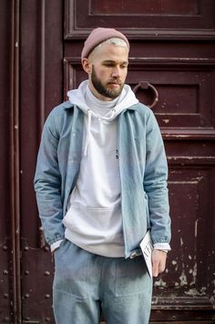 Amazing 45 Casual Winter Fashion For Men in 2017 by Din Ho Men With Street Style, Men Street, Outfits Hombre, Boy Outfits, Urban Fashion, Boy Fashion, Paris Fashion, Fashion 2016, Fashion Clothes