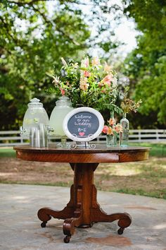 Welcome station with Charleston Tea - white table