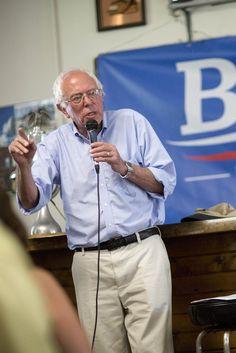 8/25/15  Bernie Sanders Surpasses Hillary Clinton In New Hampshire Poll
