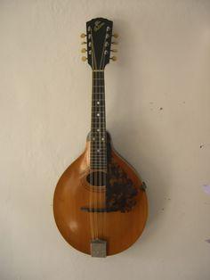 Vintage 1917 Gibson A - 1 Mandolin