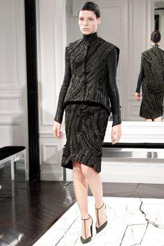 http://www.vogue.com/fashion-shows/fall-2013-ready-to-wear/balenciaga/slideshow/collection