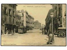 Tranvia en la calle El Puente , Murcia. Archivo MDA