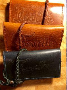 Nieuwe opdracht. #leren #portemonnee met koord en naam. Wil jij ook een unieke portemonnee met je eigen naam ?@handmadebyortlep