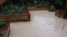 Small-Garden-Patio-2.jpg 1,920×1,080 pixels