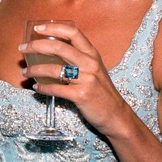 "Meghan Markle's ""Something Blue"" Was a Touching Tribute to Princess Diana - Prince Harry Gave Meghan Markle Princess Diana's Aquamarine Ring As a Wedding Gift Source by tahneeberlin - Royal Jewelry, Luxury Jewelry, Jewellery, Eternity Ring Diamond, Diamond Cluster Ring, Halo Diamond, Princess Diana Jewelry, Princess Diana Wedding, Princess Diana Family"