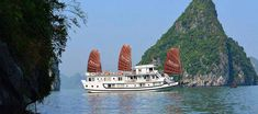 Tourist boat - Ha Long Bay Ha Tien, Sons Island, Cat Ba Island, Lao Cai, Ferry Boat, Ha Long Bay, Best Boats, North Vietnam, Travel Route