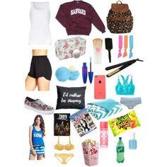 Beach Essentials List | 23 Teen Road Trip Essentials for Girls that everyone should have! #beachvacationtips