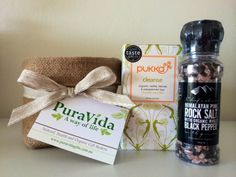 Chefs Choice Pink Rock Salt and Organic Pepper Grinder and Pukka Cleanse Organic Tea. The perfect mini gift hamper for family or friends! Organic Gift Baskets, Easter This Year, Chef's Choice, Pukka, Gift Hampers, Easter Gift, Pepper Grinder, Chefs, Peppermint