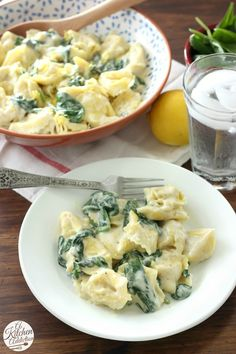 Quick and Easy Tortellini with Spinach and Creamy Lemon Sauce l www.a-kitchen-addiction.com