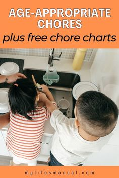 Age-appropriate chores help to teach kids personal responsibility, setting goals, achieving them and learning essential life skills that can definitely help them when they get older. Chore List For Kids, Chores For Kids, Good Work Ethic, Age Appropriate Chores, Household Chores, Easy Family Meals, Make Money Blogging, Life Skills, Getting Old