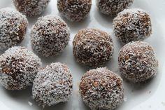 Chia Coconut Protein Balls