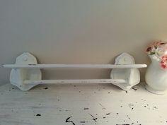 Charming Vintage Shabby Chic Cottage Towel Bar Shelf