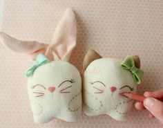 Free Tutorial - Snuggle Bunny and Kitty