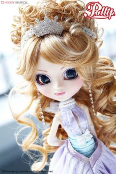 Girls with Style: Pullip Dolls