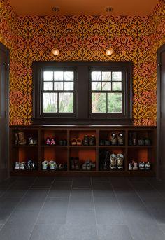 Vintage craftsman styled window trim diy tip from mr and for Carter wells interior design agency
