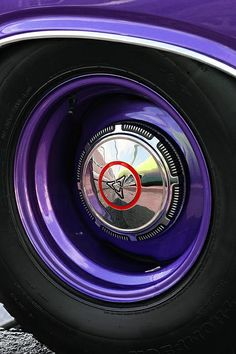 1970 Dodge Challenger Rt Wheel Photograph by Gordon Dean II Rims For Cars, Rims And Tires, Us Cars, My Dream Car, Dream Cars, Challenger Rt, Volkswagen, Automotive Art, Automotive Group