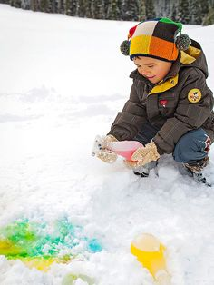 Fun #winter idea from @FamilyFunMag: Fill repurposed squirt bottles filled with food coloring and water and have kids paint the snow.