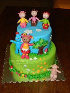 In the night garden cake
